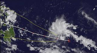 Tropischer Sturm 27W (potenziell Taifun WASHI / SENDONG) marschiert weiter in Richtung Philippinen