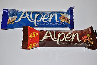 Alpen Bar Fruit & Nut with Milk Chocolate und Coconut & Chocolate