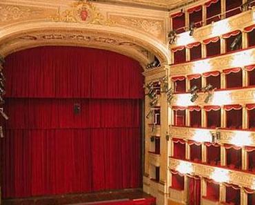 Theater Costanzi, Das Operntheater in Rom
