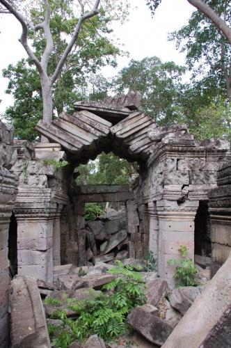 Cambodia: Banteay Chhmar, the second Angkor Wat.