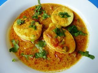 Scharfes indisches Eier - Zwiebelcurry / Spicy Indian Egg and Onion Curry