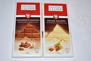 Chocolaterie La Cour Vollmilch Mandel und Weisse Mandel