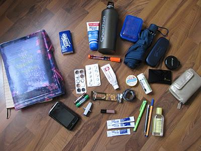 [TAG]: What's in my Bag?