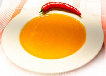 Paprika-Chili Suppe