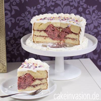 ~ Noch Ein Kuchen Für Valentinstag Mit Überraschung Beim Anschneiden ;) ~