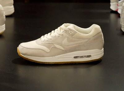 newest e561e 10667 Nike Sportswear Air Max 1 Winter 2010