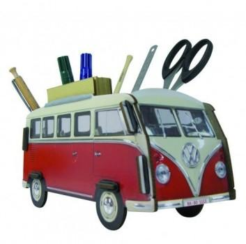 Der VW Bulli bzw. ein VW Bus T1 als Stiftehalter.