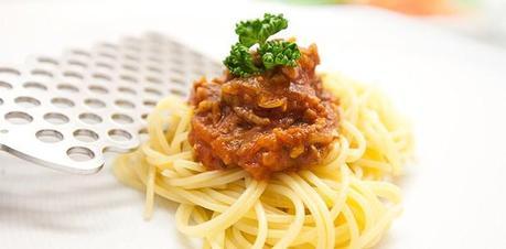 italienisches spaghetti bolognese rezept. Black Bedroom Furniture Sets. Home Design Ideas