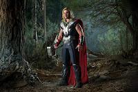 Of Capes and Trunks: Neuigkeiten von Comicverfilmungen (Marvel's the Avengers, Arrow)
