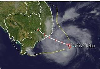 PAKHAR ist jetzt ein Taifun (Hurrikan) und bedroht Vietnam