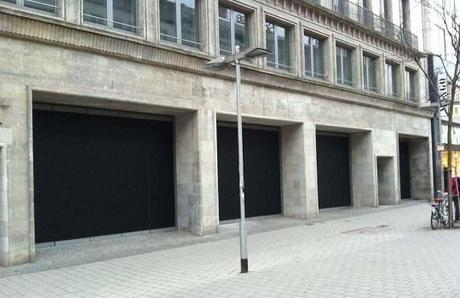 Apple Retail Store in Hannover: Fenster mit schwarzer Folie abgeklebt, erste Bilder aus dem Innenraum aufgetaucht