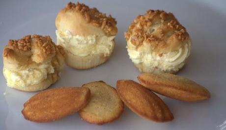 backen mit kindern vii bienenstich muffins und madeleines. Black Bedroom Furniture Sets. Home Design Ideas
