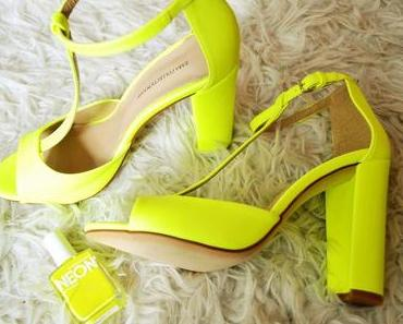 Neon in my Wardrobe