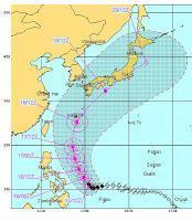 Taifun GUCHOL (BUTCHOY) auf dem Weg nach Japan