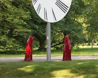 """dOCCUPY"" 93 days more – Documenta Kassel – Time guards Manfred Kielnhofer"