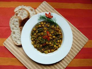 Für Foodina: Kichererbsencurry mit Dill / Chickpea Curry with Dill