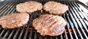 Gegrillt: Rindfleisch Burger