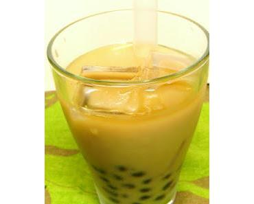 Black Milk Bubble Tea mit Tapioka-Perlen