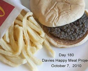 McDonalds Happy Meal Projekt – Verwesung von Burger und Pommes getestet