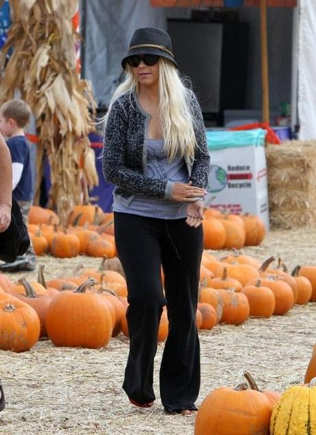 Singer Christina Aguilera at the pumpkin patch with her son Max Bratman in Los Angeles, California on October 14, 2010. Christina is currently getting a divorce from husband Jordan Bratman after getting married back in 2005 and the documents which where filed today citing irreconcilable differences as the reason for the split. The couple have a son together which was addressed in the documents for joint physical and legal custody. Fame Pictures, Inc