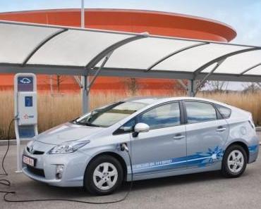 Zweiter Jahrestag des Toyota Prius Plug-in-Hybrid Feldtest