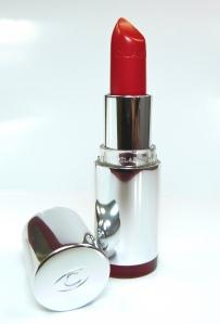 "Review: CLARINS Joli Rouge Lippenstift in der Nuance ""Clarins red"""