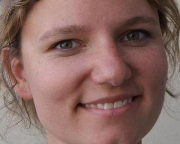 [Blogtour] Weiblich, jung, flexibel von Felicitas Pommerening
