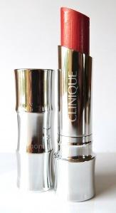 "Review: CLINIQUE Colour Surge Butter Shine Lipstick ""Ambrosia"""