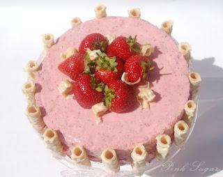 Grüntee – erdbeer torte