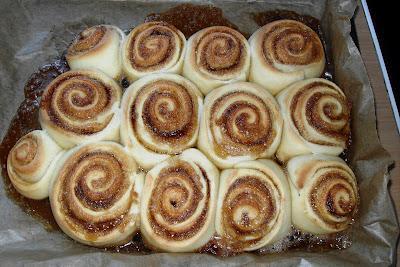 Zimtschnecken (Clone of a cinnabon)