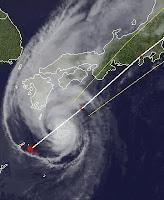 Taifun JELAWAT erreicht Zentral-Japan