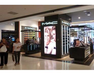 Siam Paragon Bangkok Shoppingtempel…Schnappschüsse in der Beautyabteilung.