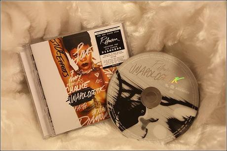 Rihanna new CD/DVD Unapologetic - Review and Tour Dates 2013