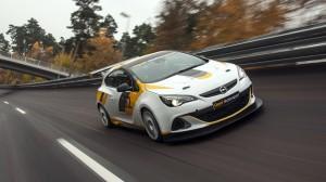 Opel kehrt in den Motorsport zurück!