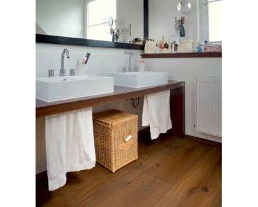 Ein schöner Parkettboden ist auch im Badezimmer möglich