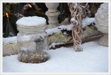 winter outdoor deko winterliche drau en deko. Black Bedroom Furniture Sets. Home Design Ideas