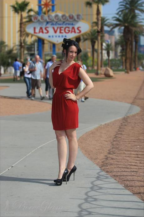 Visiting the beautiful spots in Las Vegas - red minidress - fashionlook