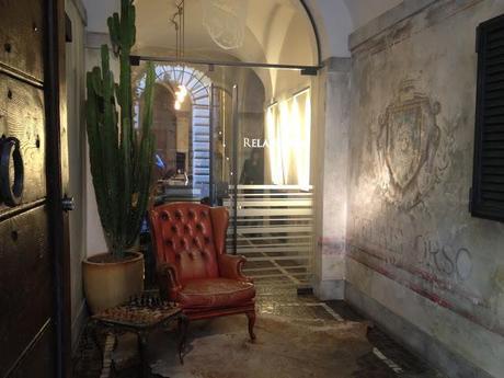 relais orso sch ner wohnen in rom. Black Bedroom Furniture Sets. Home Design Ideas