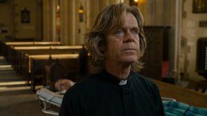 William H. Macy als Pfarrer Brendan