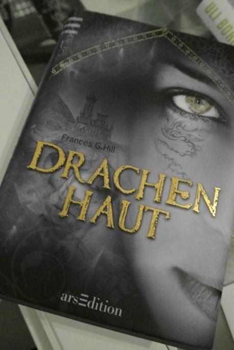 Susanne Gerdom im Bücherchaos!