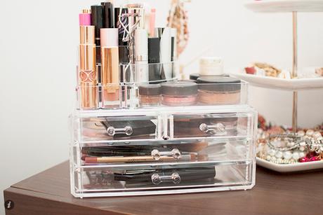 make up aufbewahrung storage inspiration. Black Bedroom Furniture Sets. Home Design Ideas