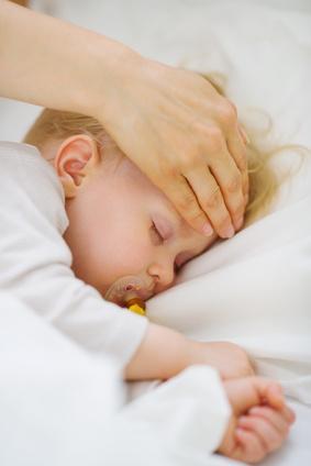 was tun wenn das baby krank ist. Black Bedroom Furniture Sets. Home Design Ideas