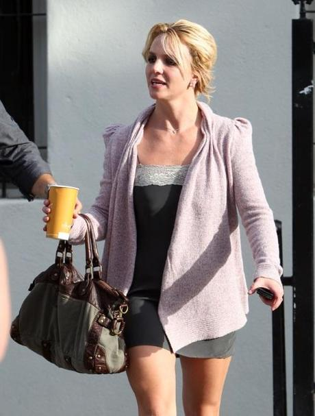 45802, LOS ANGELES, CALIFORNIA - Wednesday October 6, 2010. Britney Spears does a bit of shopping at Only Hearts boutique in Santa Monica, leaving with a different outfit than when she walked into the store. Photograph: Pedro Andrade / Kevin Perkins,  PacificCoastNews.com