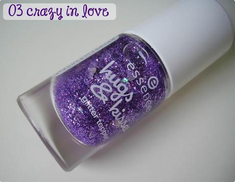 essence hugs & kisses Glitter Topper