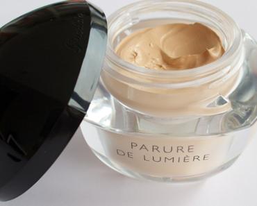 Guerlain Parure de Lumiére Light-Diffusing Foundation