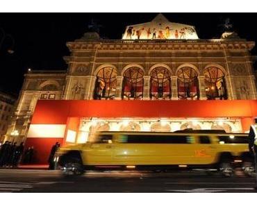 Wiener Opernball und der Glööckler von Notre Dame