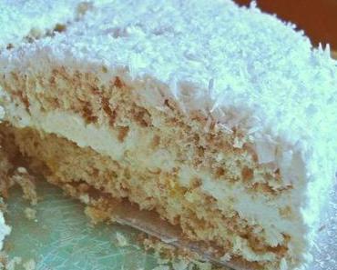 Schneeflockentorte: Eine Traum-Torte mit Sahne und Kokos