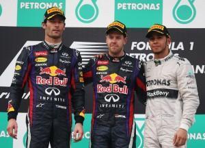 Formel 1: Vettel gewinnt den GP von Malaysia mit fadem Beigeschmack