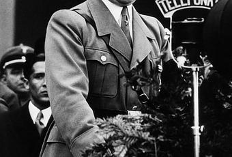 10 Disturbing Pieces of Nazi Education Propaganda