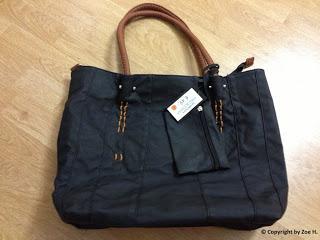 schwarze gro e handtaschen sind schwer zu finden haul. Black Bedroom Furniture Sets. Home Design Ideas